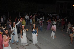 FIESTA FLOWER POWER (05/07/14)